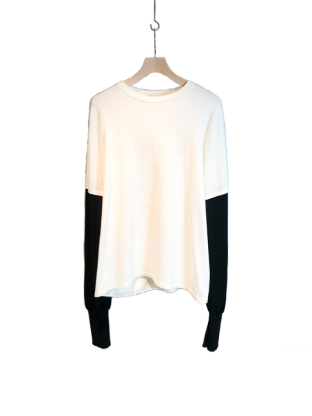 <img class='new_mark_img1' src='https://img.shop-pro.jp/img/new/icons23.gif' style='border:none;display:inline;margin:0px;padding:0px;width:auto;' />Huge Porno Long Sleeve Tee