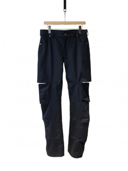 <img class='new_mark_img1' src='https://img.shop-pro.jp/img/new/icons23.gif' style='border:none;display:inline;margin:0px;padding:0px;width:auto;' />Navy Pant With Open Parts