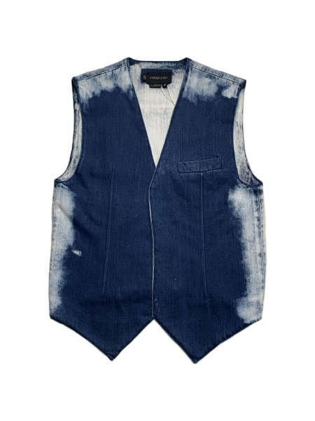 <img class='new_mark_img1' src='https://img.shop-pro.jp/img/new/icons23.gif' style='border:none;display:inline;margin:0px;padding:0px;width:auto;' />Denim Vest