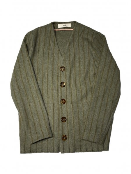 GOTE CARDIGAN<img class='new_mark_img2' src='https://img.shop-pro.jp/img/new/icons47.gif' style='border:none;display:inline;margin:0px;padding:0px;width:auto;' />