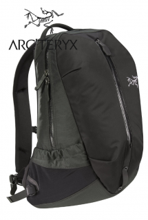 Arro 16 Backpack Carbon Cop【2021春夏新入荷商品】