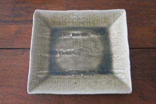 灰釉削角皿