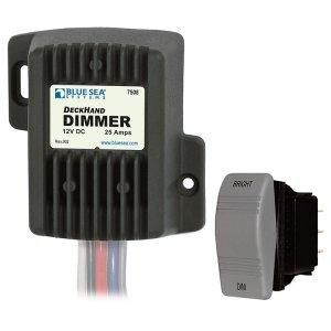 227778<br>BlueSea DC電圧コントロール 25Amp 12V<br>(7508)