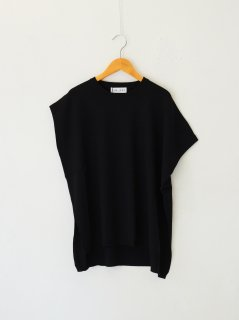 <img class='new_mark_img1' src='https://img.shop-pro.jp/img/new/icons6.gif' style='border:none;display:inline;margin:0px;padding:0px;width:auto;' />RIM.ARK / Asymmetry knit tops (BLACK) 21AW