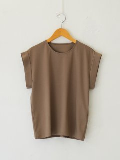 <img class='new_mark_img1' src='https://img.shop-pro.jp/img/new/icons6.gif' style='border:none;display:inline;margin:0px;padding:0px;width:auto;' />RIM.ARK / Cuff design cut tops (BEIGE) 21AW