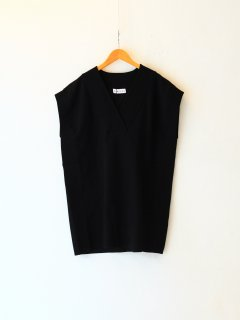 <img class='new_mark_img1' src='https://img.shop-pro.jp/img/new/icons6.gif' style='border:none;display:inline;margin:0px;padding:0px;width:auto;' />RIM.ARK / Oversize knit tops (BLACK) 21AW