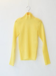 <img class='new_mark_img1' src='https://img.shop-pro.jp/img/new/icons6.gif' style='border:none;display:inline;margin:0px;padding:0px;width:auto;' />IIROT / Sheer Pleats Turtle (Yellow) 21FALL