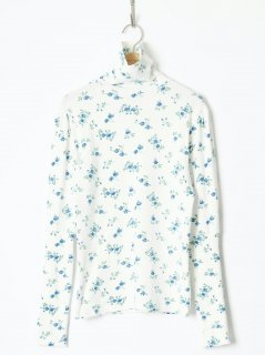 <img class='new_mark_img1' src='https://img.shop-pro.jp/img/new/icons6.gif' style='border:none;display:inline;margin:0px;padding:0px;width:auto;' />HOLIDAY / SUPER RIB PUFF HIGH-NECK TOPS (FLOWER) 21aw