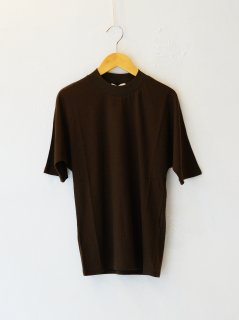 <img class='new_mark_img1' src='https://img.shop-pro.jp/img/new/icons6.gif' style='border:none;display:inline;margin:0px;padding:0px;width:auto;' />IIROT / Soft Cotton TS (BROWN) 21FALL