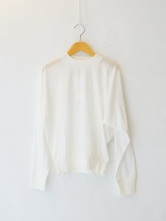 <img class='new_mark_img1' src='https://img.shop-pro.jp/img/new/icons6.gif' style='border:none;display:inline;margin:0px;padding:0px;width:auto;' />IIROT / Soft Cotton Asymmetry Tops (WHITE) 21FALL
