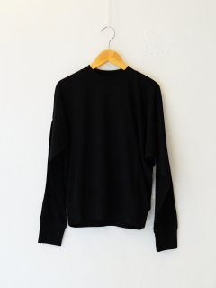 <img class='new_mark_img1' src='https://img.shop-pro.jp/img/new/icons6.gif' style='border:none;display:inline;margin:0px;padding:0px;width:auto;' />IIROT / Soft Cotton Asymmetry Tops (BLACK) 21FALL