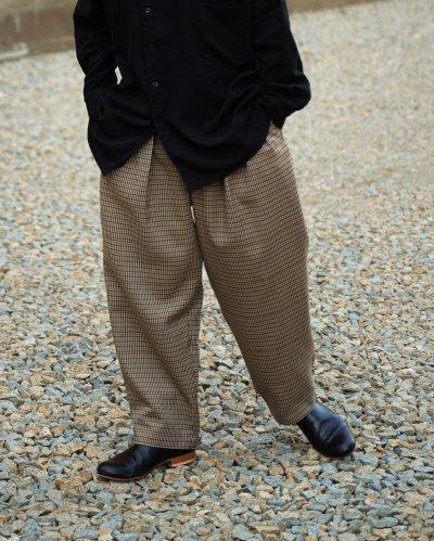 "<p>SAYATOMO</p>""Hakama Nodoka Pants"" BEIGE"