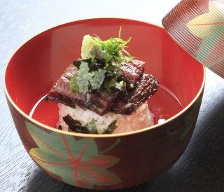 日本料理 ひら井 お茶漬け鰻 1本 凝縮された鰻の旨みが口に広がる「ゴ・エ・ミヨ2019、2020にて3トック獲得」