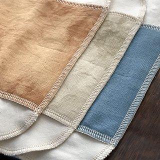 生薬手染め ハンカチ型 布ナプキン