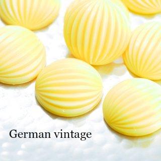 ドイツヴィンテージカボション ラウンド 黄色 2個  ルーサイト