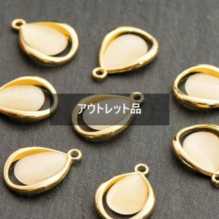 【B品】ティアドロップチャーム ゴールド&アイボリー 4個 メタルパーツ しずく リング