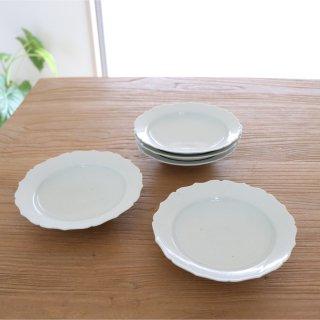白瓷稜花5寸皿/幾田晴子