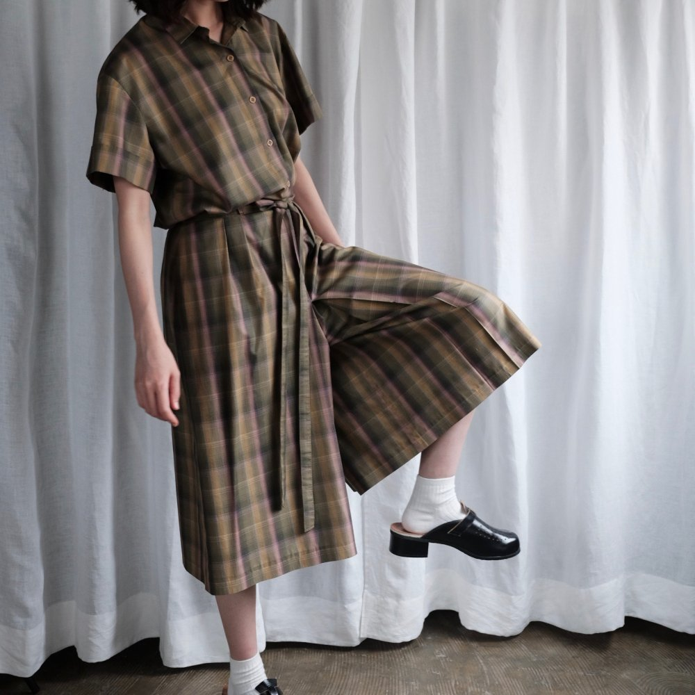 [VINTAGE] Checker short pants suits