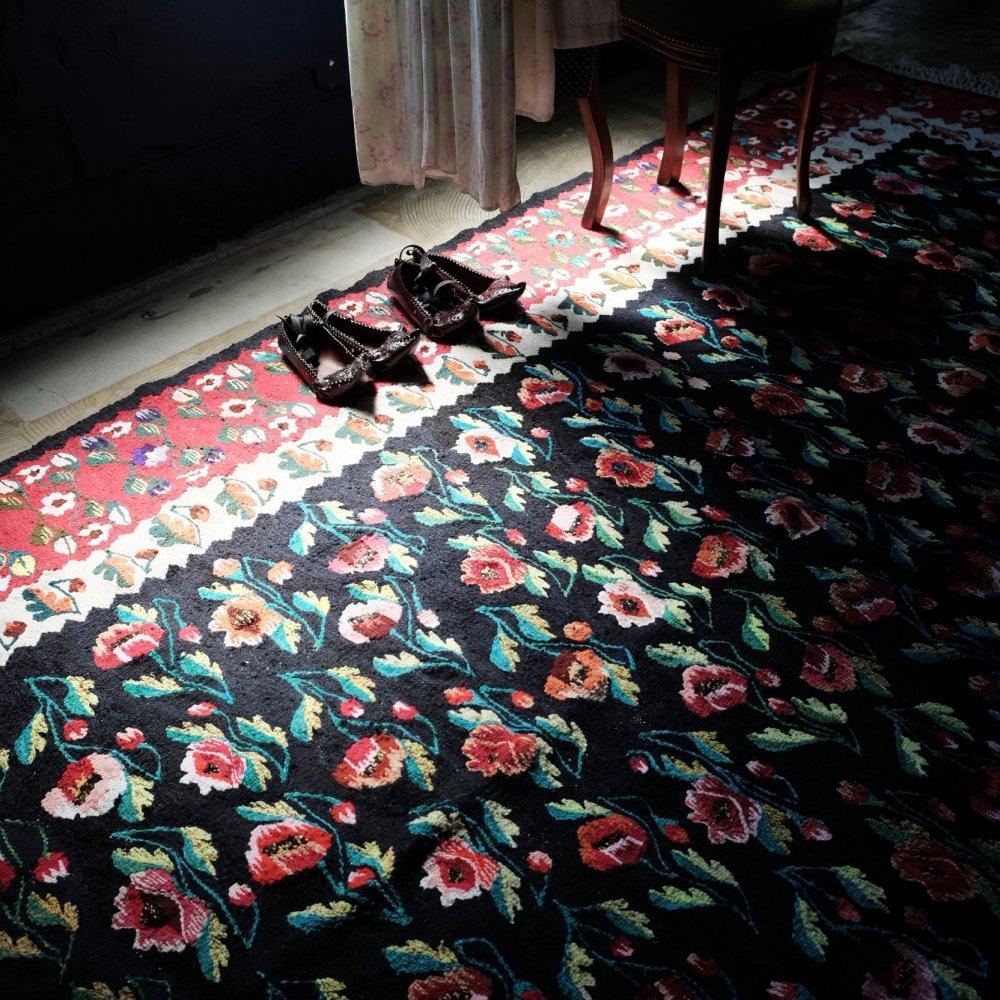 [VINTAGE] Romanian Large Handwoven Kilim Rug