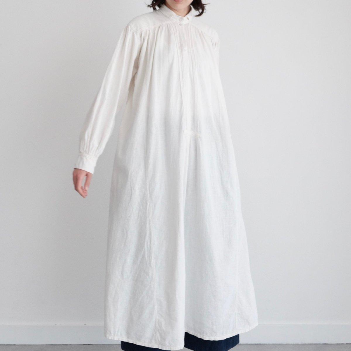 [VINTAGE] Romanian Rural White Cotton dress