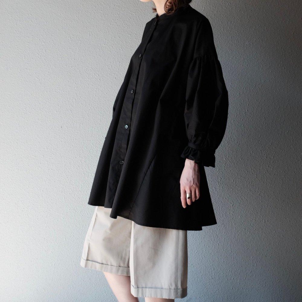 Sisak Balloon Sleeve Blouse (Black) by suie