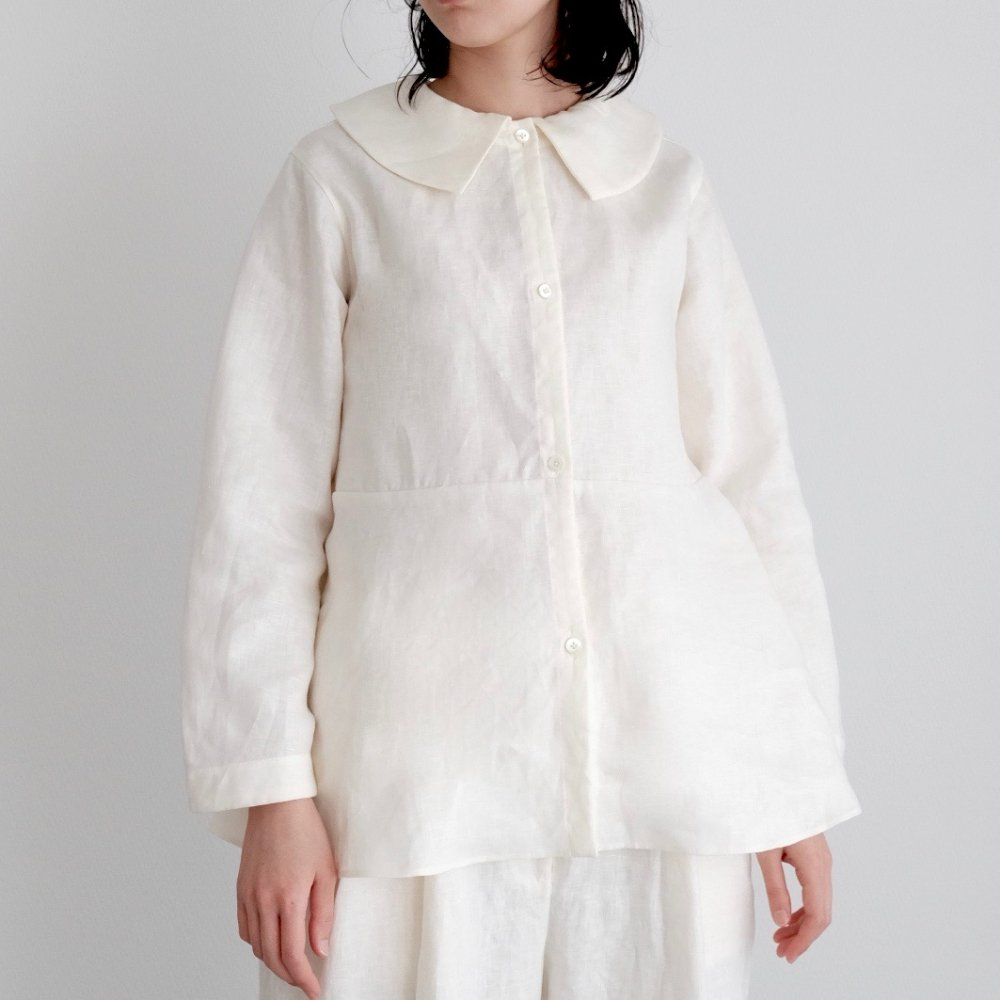 Puritan's Collar Blouse (White) by suie