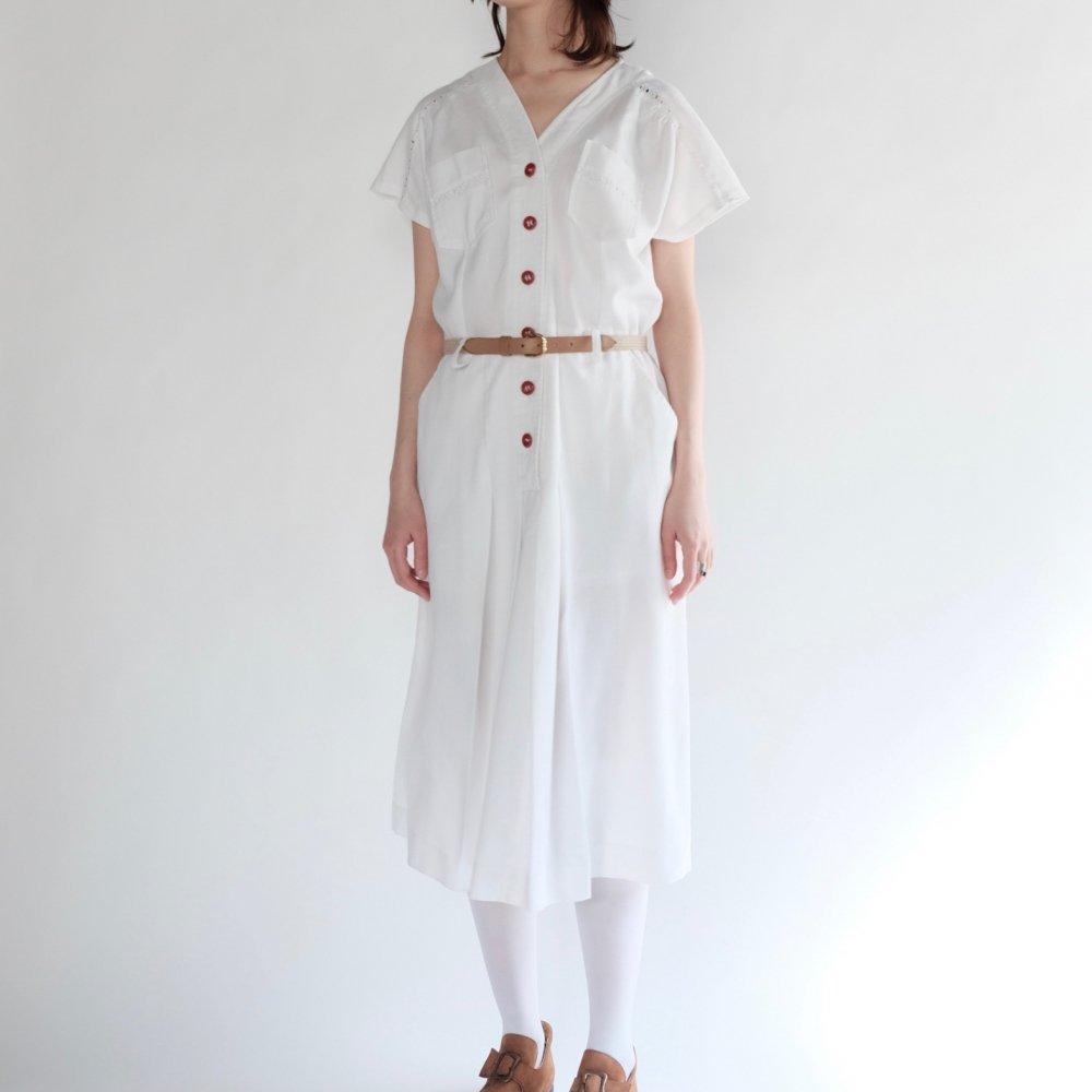 [VINTAGE] White Safari-chic Dress