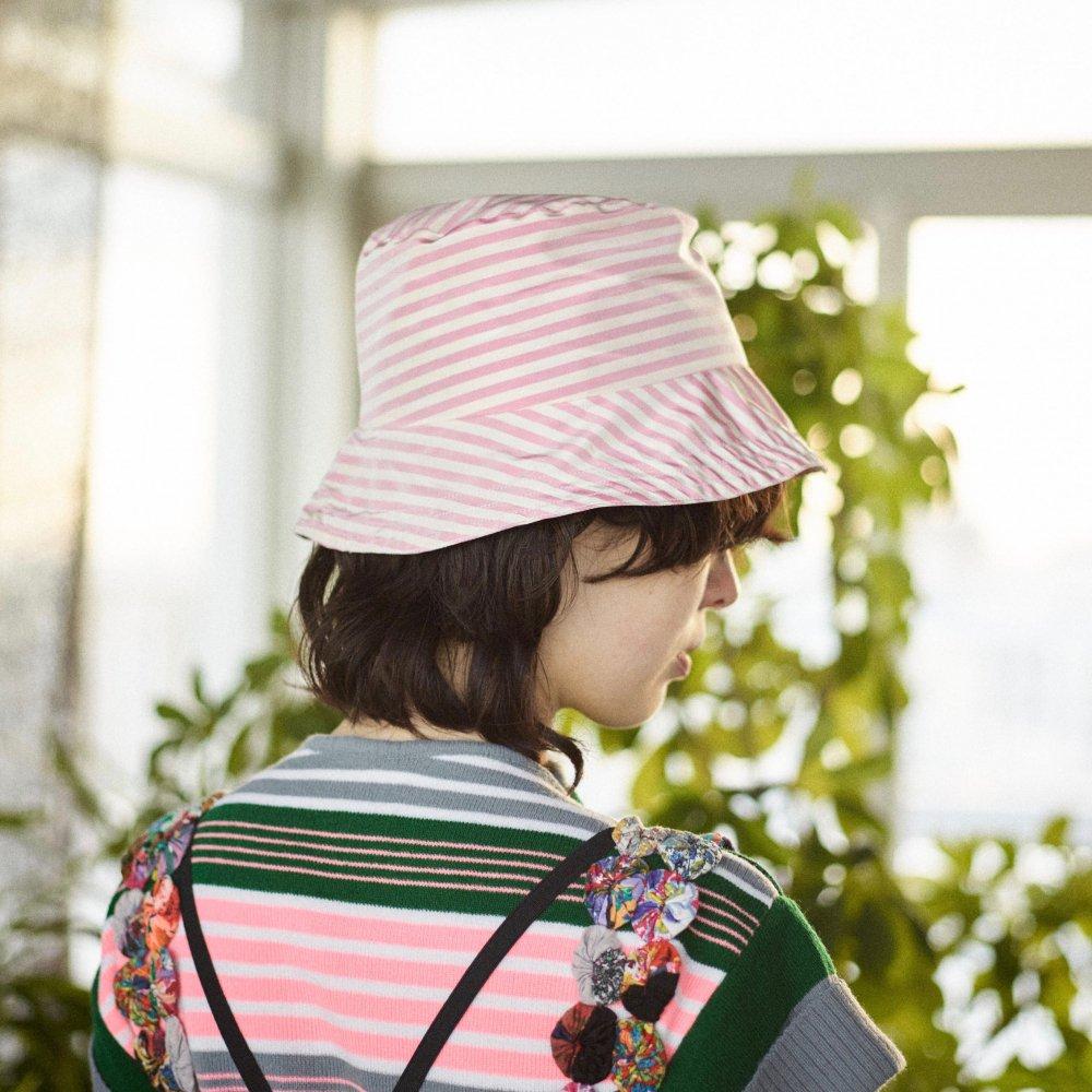 Tarako Stripe Silk Hat by PALMA DE ALMA