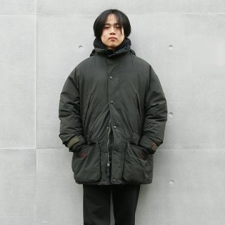 <img class='new_mark_img1' src='https://img.shop-pro.jp/img/new/icons5.gif' style='border:none;display:inline;margin:0px;padding:0px;width:auto;' />1990s Eddie Bauer エディーバウアー/ゴアテックス®シェルダウンパーカ EBG【L】