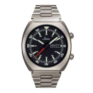 240.ST Instrument Watches (インストゥルメント ウォッチ)