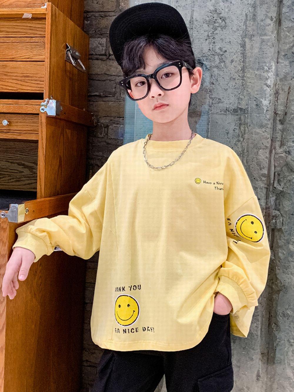 【広州仕入れ】スマイリーキッズTシャツ