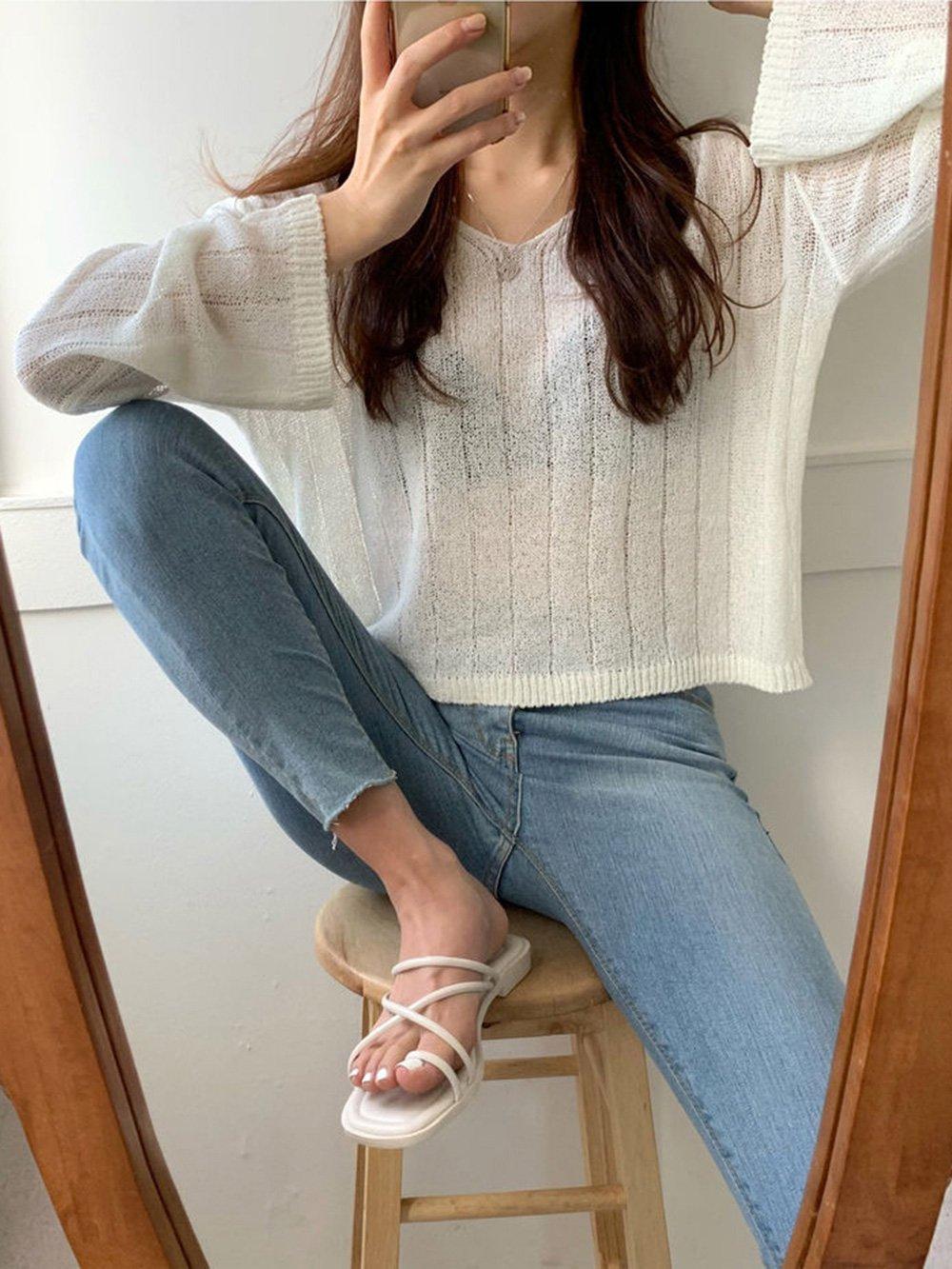 【広州仕入れ】Vネックシェーディングセーター