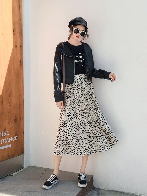 【広州仕入れ】ランダムドットプリーツスカート