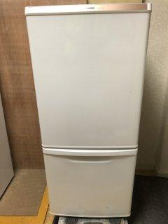 パナソニック NR-B147W 138L冷蔵庫 2015年製