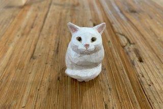 【バンナイリョウジ】木彫り猫 ・シロ
