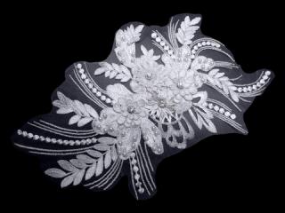 刺繍・レース シングル モチーフ(D3661)