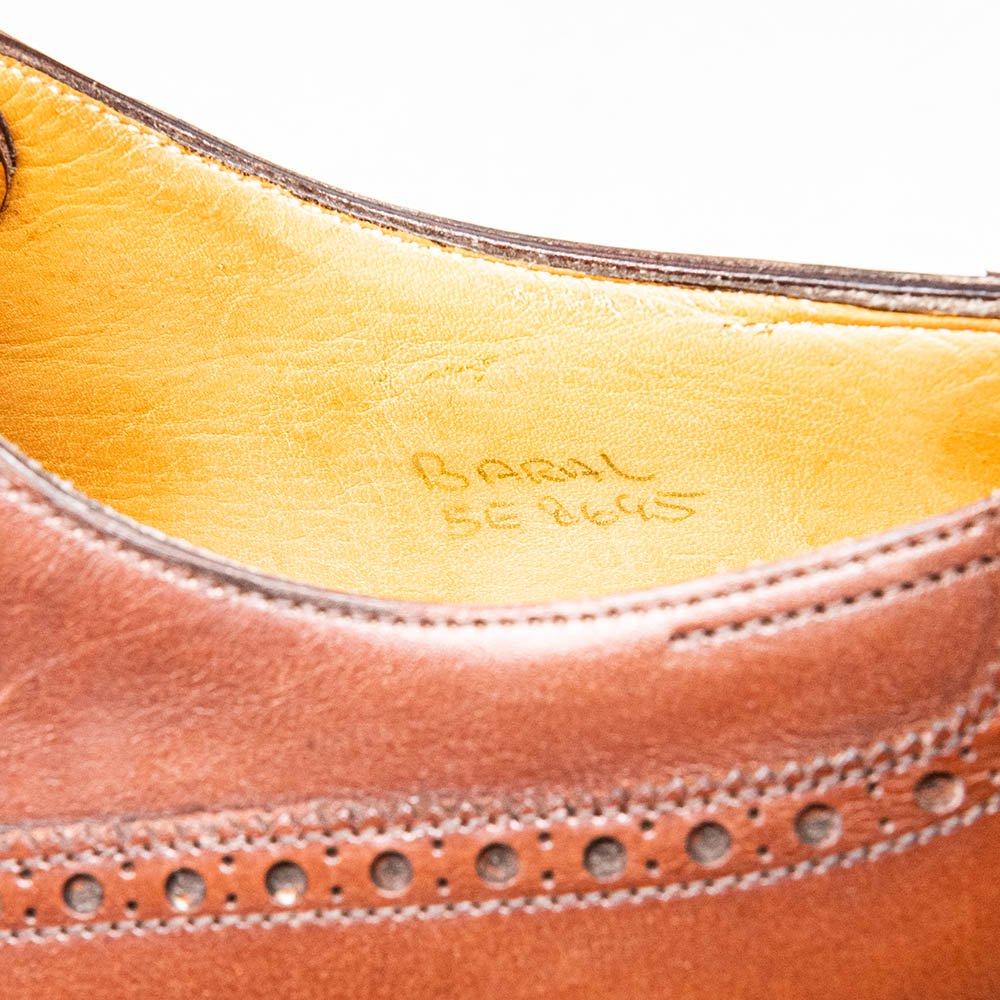 ジョンロブ BARAL【バラル】外羽根セミブローグ ブラウン 8695ラスト 旧モデル パリ表記 サイズ5E
