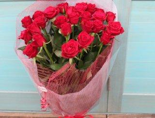 赤バラの花束25本 お誕生日 お祝い プレゼント ギフトに