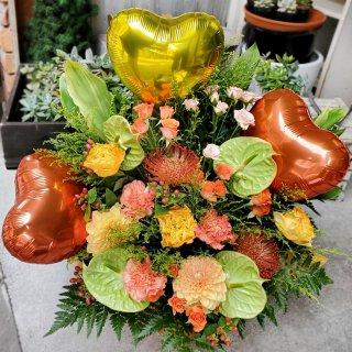 【飯塚生花】5000円おまかせ生花バルーンアレンジ(バルーン少なめ)