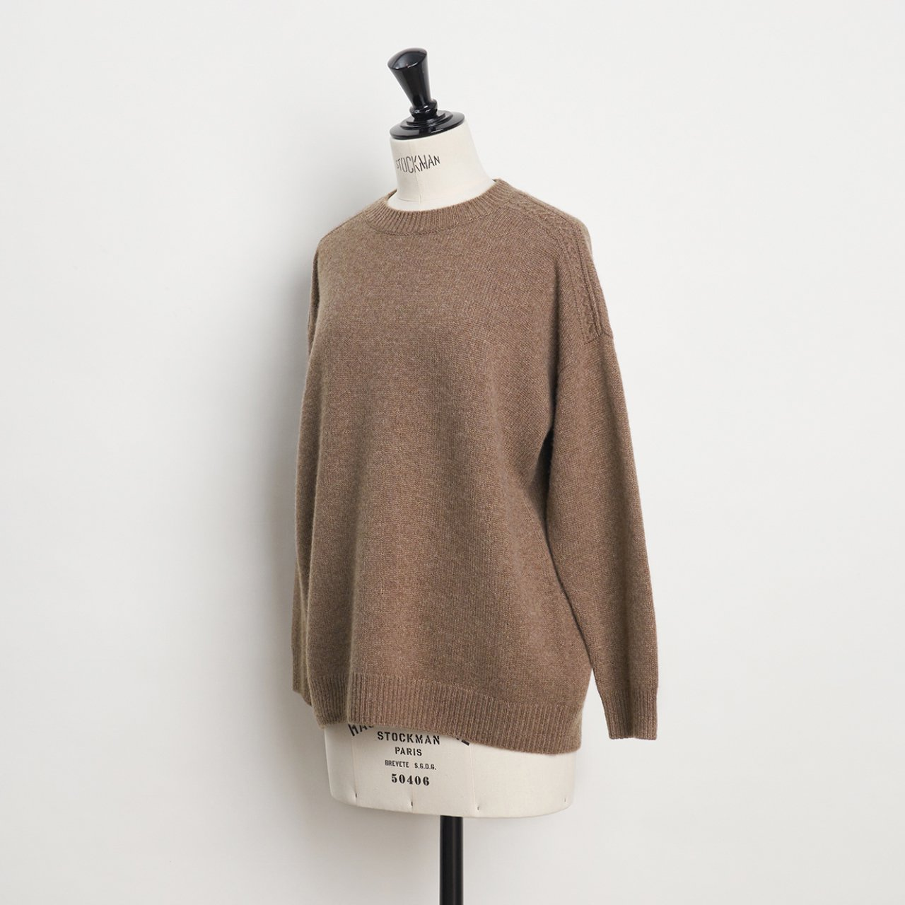 CASHMERE CABLE KNIT<BR>BEIGE