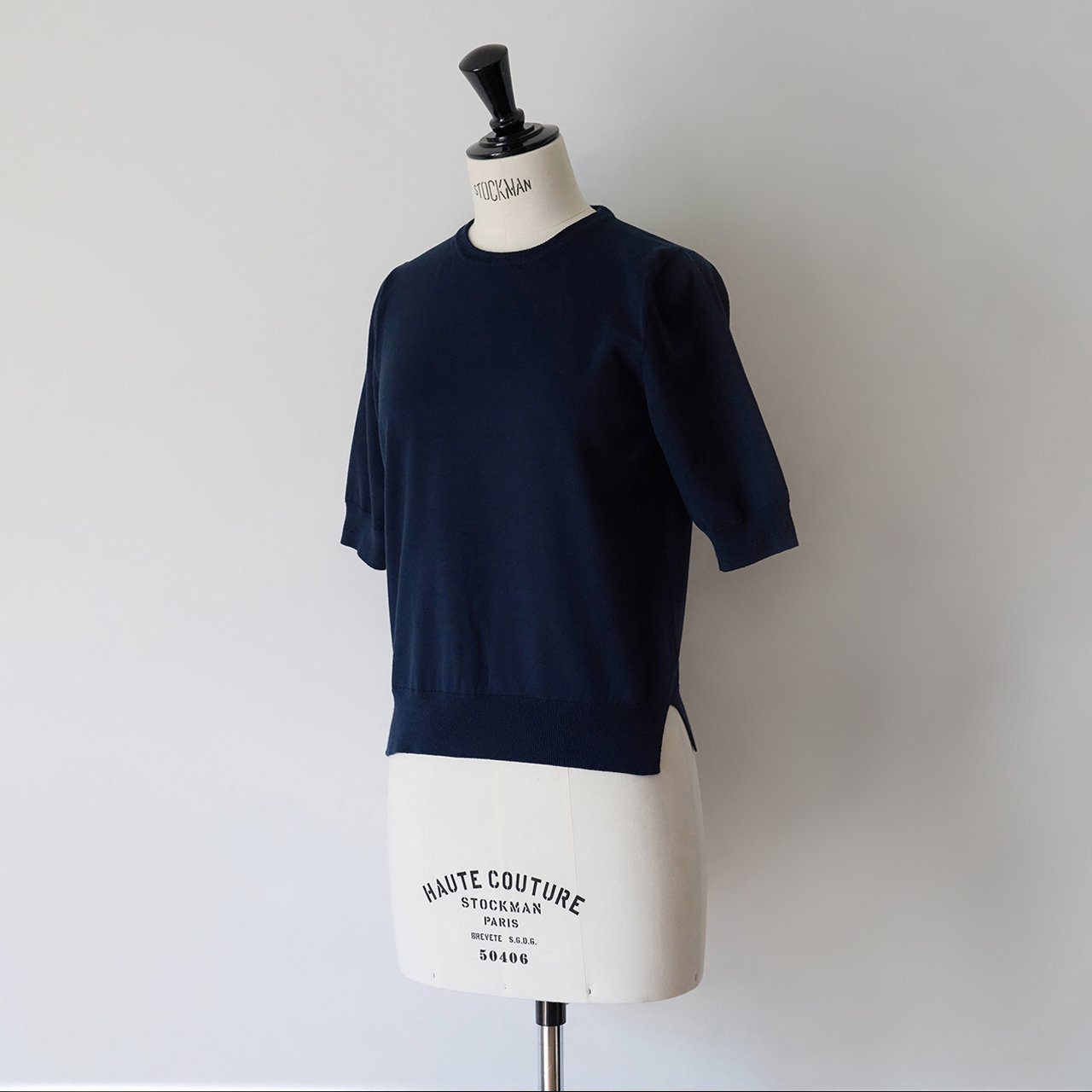Basic half sleeve knit<BR>DARK NAVY
