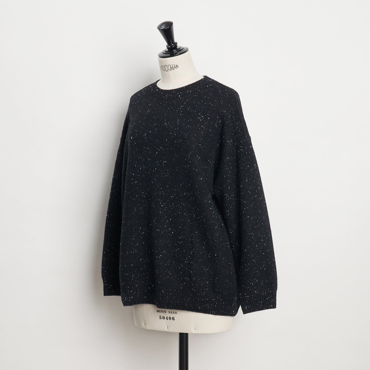 CASHMERE CABLE KNIT<BR>STARDUST BLACK