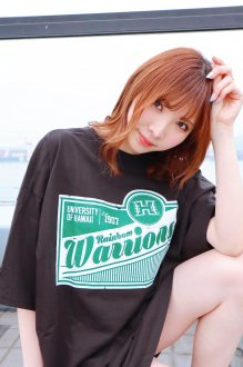 <img class='new_mark_img1' src='https://img.shop-pro.jp/img/new/icons25.gif' style='border:none;display:inline;margin:0px;padding:0px;width:auto;' />ハワイ大学 Tシャツ