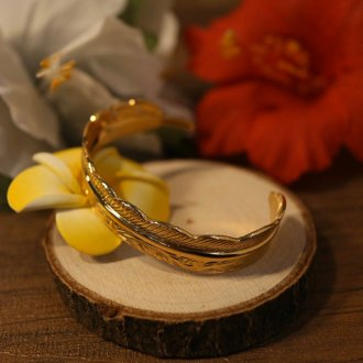 【Hawaiian Jewelry】サージカルステンレス フェザーバングル