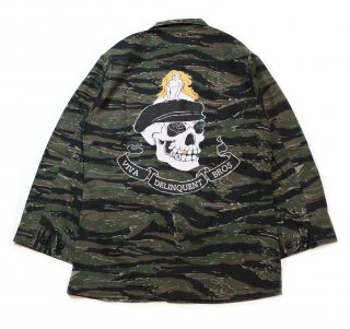 <img class='new_mark_img1' src='https://img.shop-pro.jp/img/new/icons25.gif' style='border:none;display:inline;margin:0px;padding:0px;width:auto;' />VIVA Delinquent Bros Military Jacket