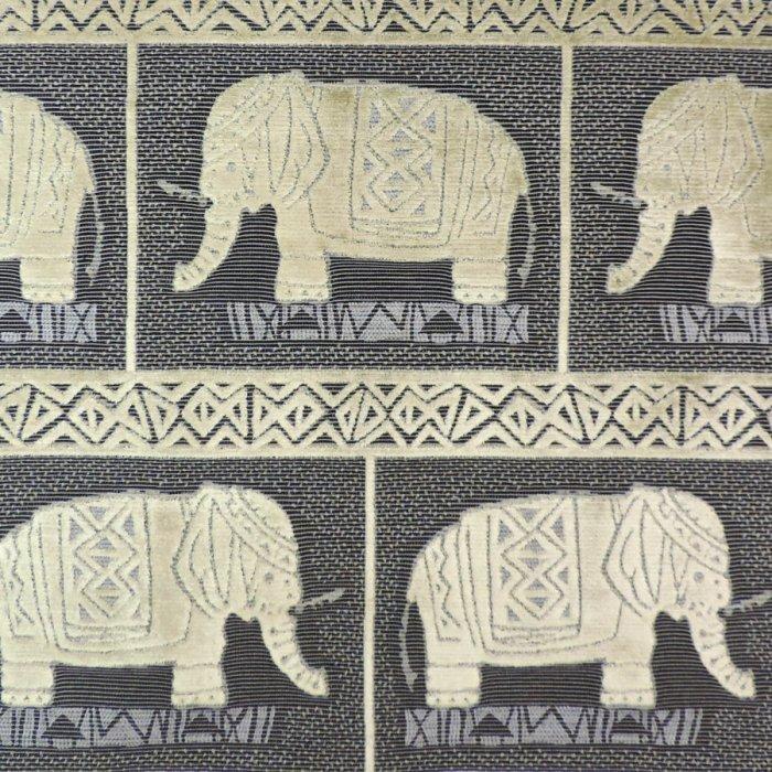 フランス生地 ベルベット 動物ジャカード 《ハンニバル》 ブラック