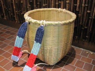 竹製背負い篭(丸)小 ボデーかご