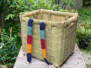 竹製背負い篭(角)