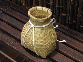 竹製ビク(安来)