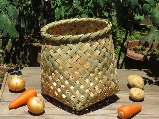 竹製野菜かご(四つ目)中(底四角)